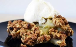 Delicious Easy Apple Crumble