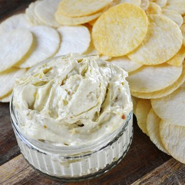 Amazingly Easy French Onion Dip Recipe