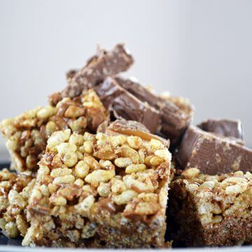 Deliciously Easy Mars Bar Slice