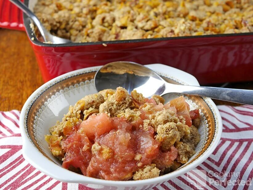 Gluten-Free Apple and Rhubarb Crisp