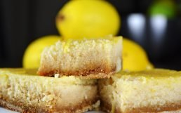 Mouth Watering Paleo Lemon Bars