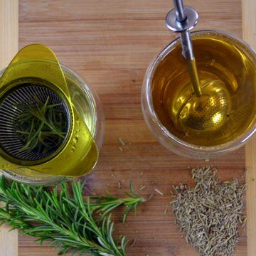 How to make Rosemary Tea