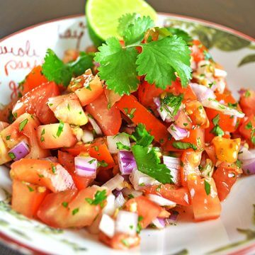 Simple Fresh Tomato Salsa