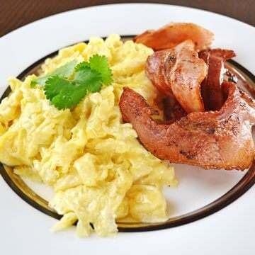 Easy Paleo Scrambled Eggs